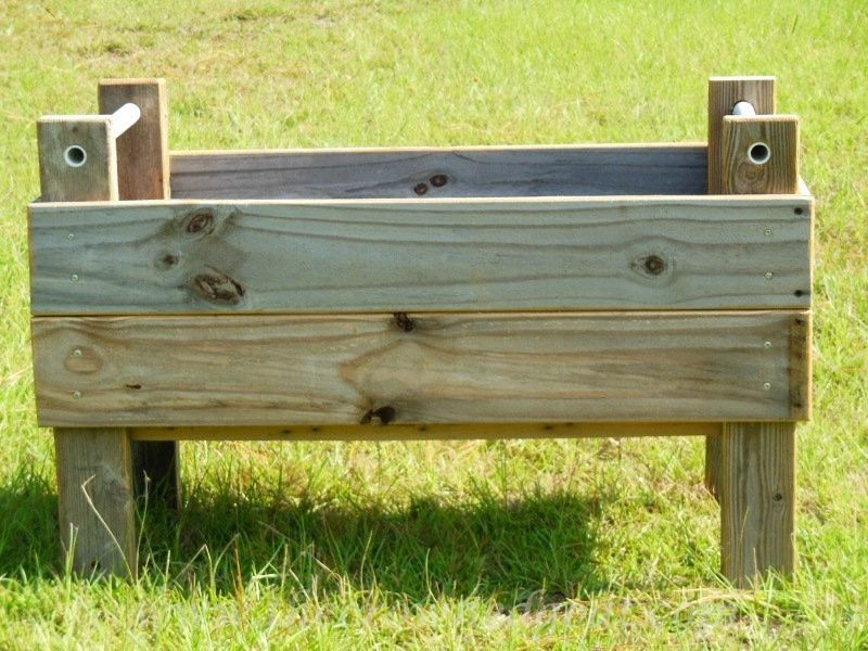 082014-1 Handmade Wooden Herb Bed Painted Furniture