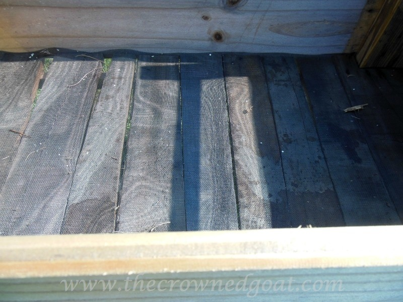 082014-4 Handmade Wooden Herb Bed Painted Furniture