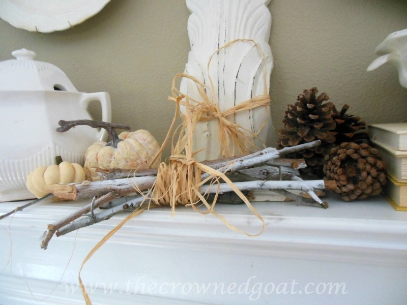 091914-4 Fall Blog Series: Mantle Decorating Fall Holidays