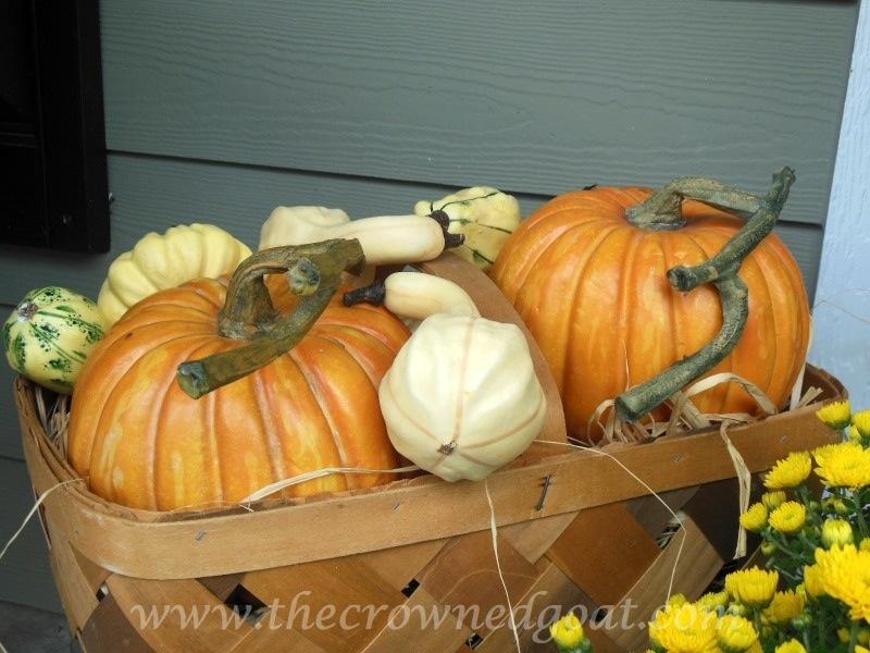 092614-1 Fall Blog Series: Front Porch Decorating Fall Holidays