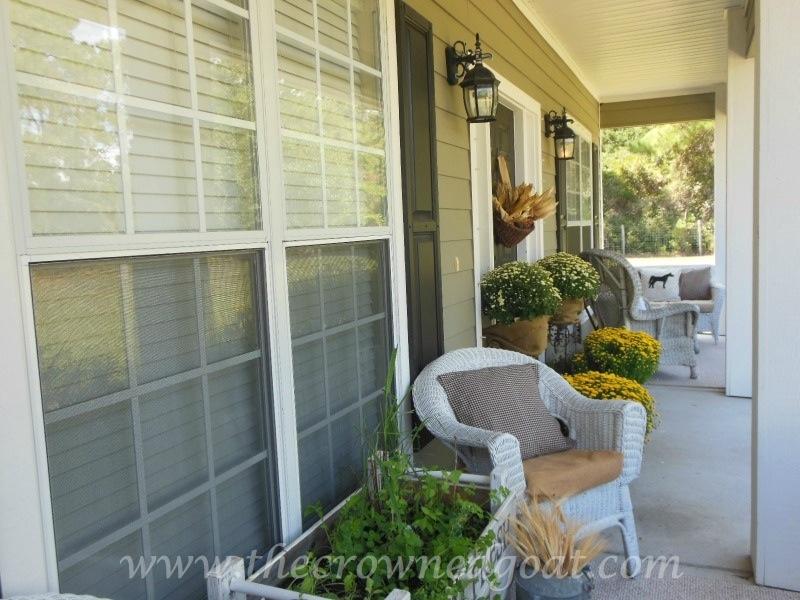 092614-10 Fall Blog Series: Front Porch Decorating Fall Holidays