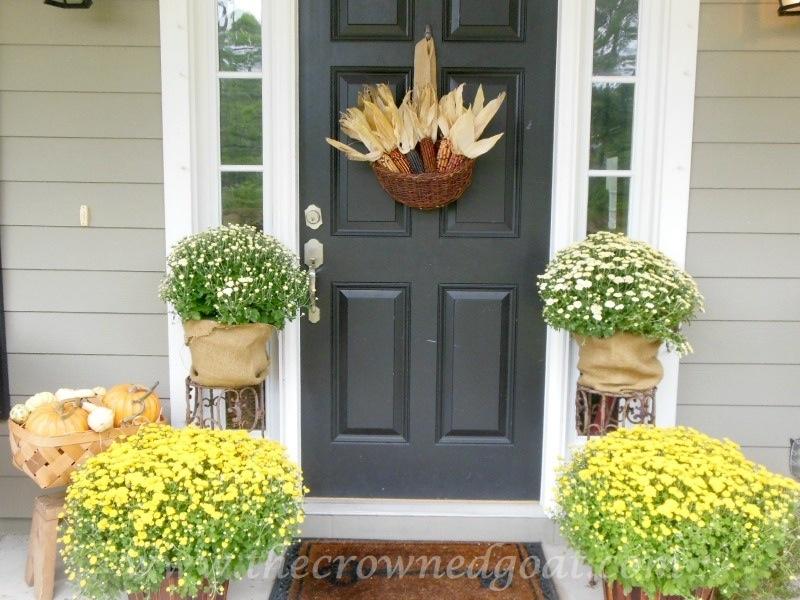 092614-3 Fall Blog Series: Front Porch Decorating Fall Holidays