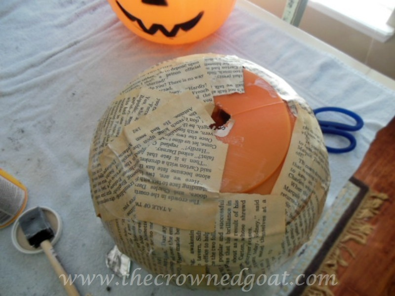 100614-2 Fall Crafternoon Idea: Upcycled Pumpkin Pails Crafts Fall Holidays