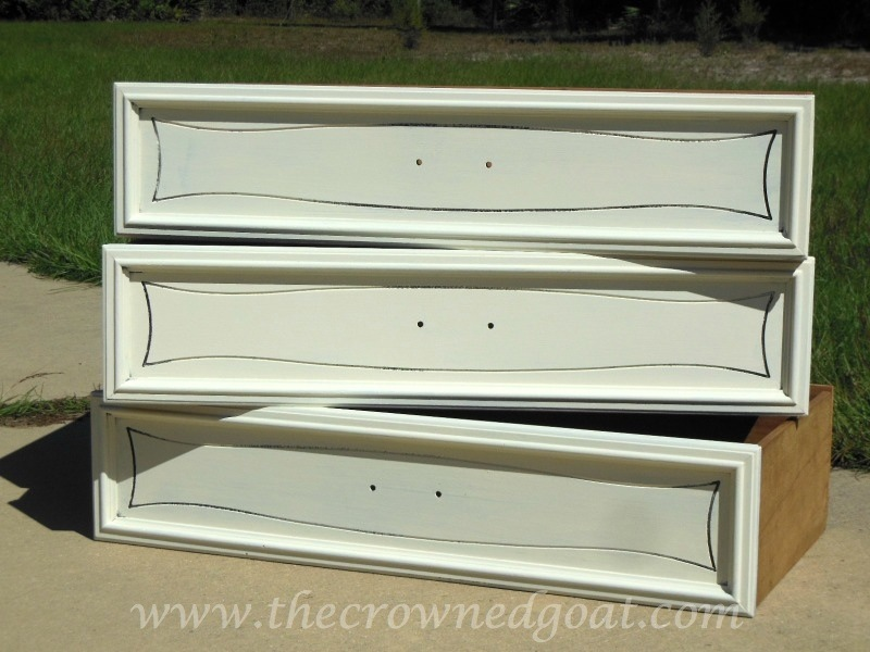 101514-7 Annie Sloan Chalk Paint Dresser Makeover Painted Furniture