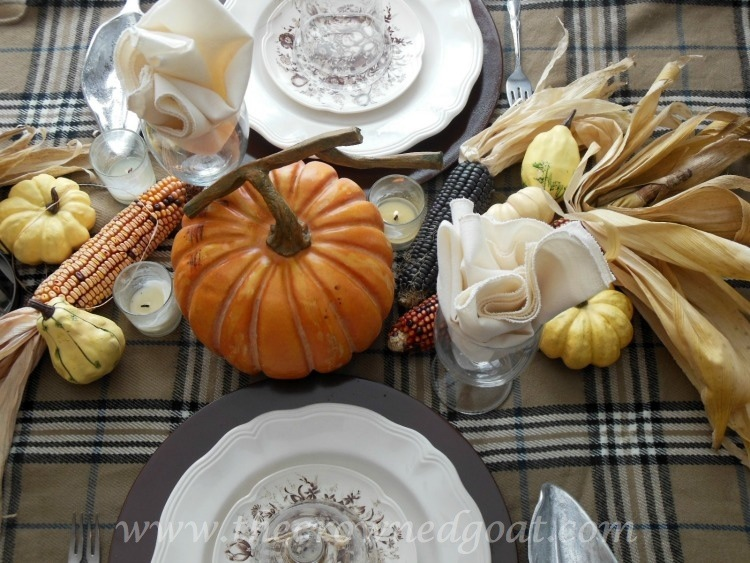110514-7-Thanksgiving-Inspired-Tablescape-Ideas Thanksgiving Table Inspiration Decorating Holidays
