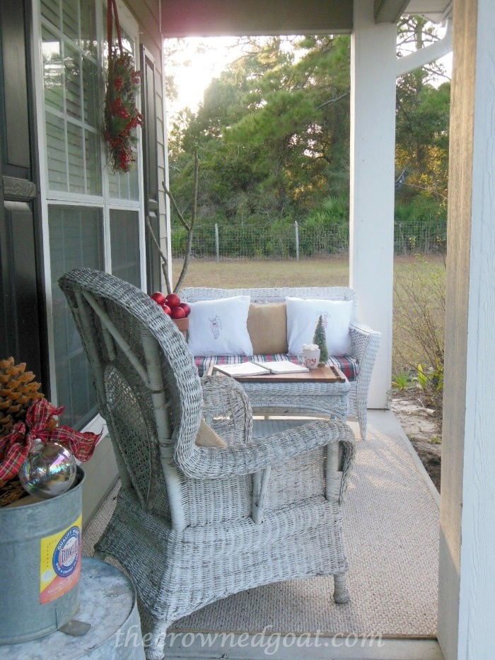 121514-10 2014 Christmas Porch Decorating Holidays