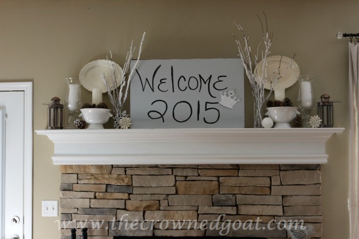 011315-2-Winter-Mantle-2015 How to Transition Christmas Décor into Winter Décor Decorating