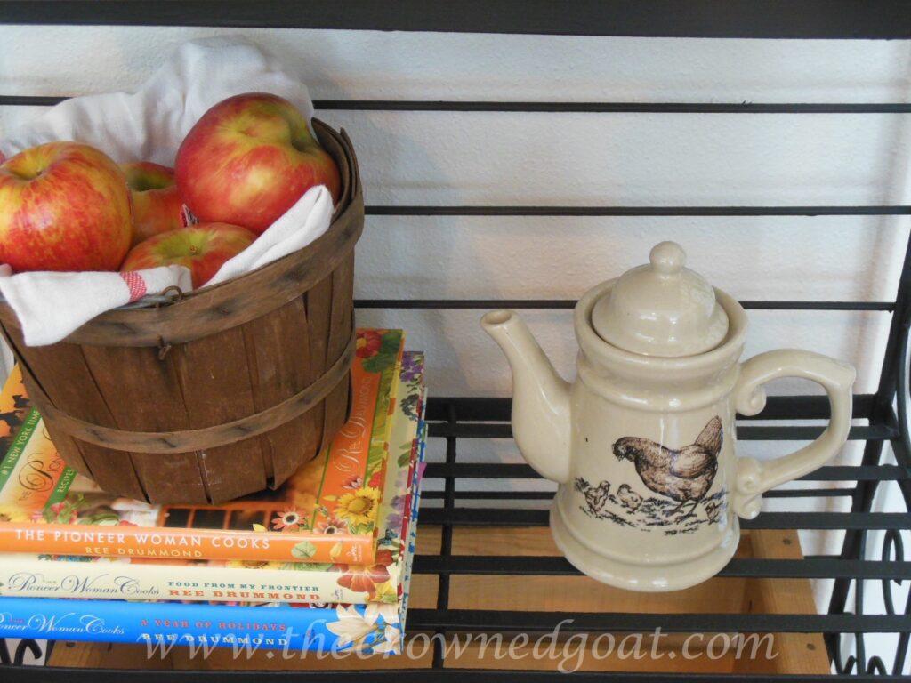 011415-3-1024x768 Indoor Coffee Station Decorating