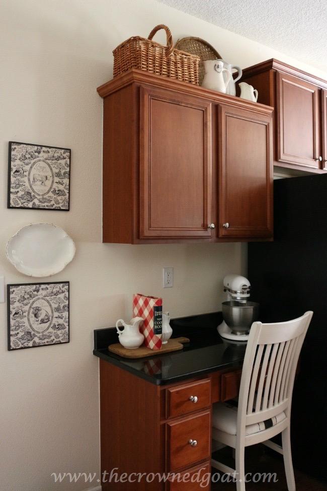 030515-11 Simple Kitchen Updates   Decorating