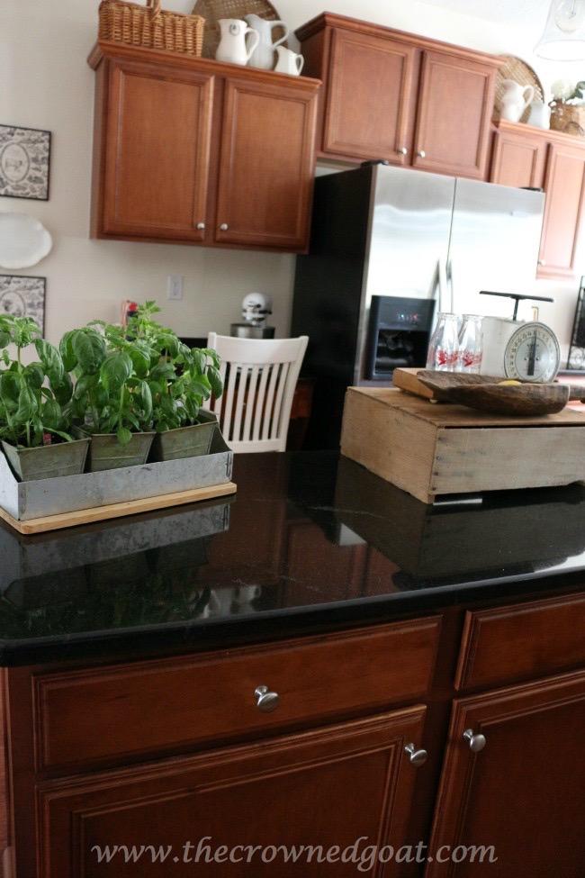 030515-7 Simple Kitchen Updates   Decorating