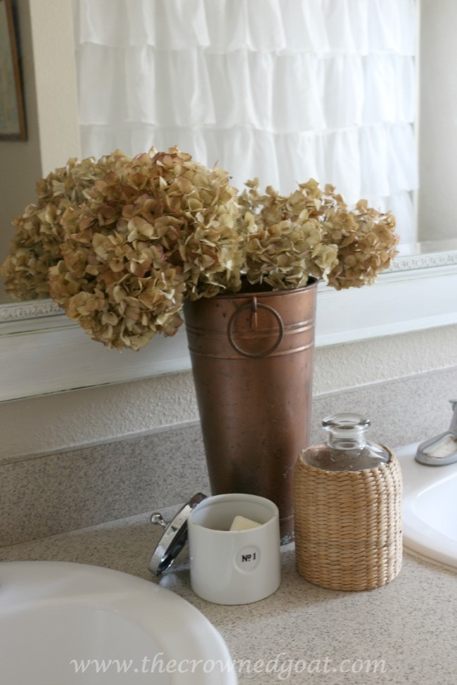 Dried Hydrangeas in the Bathroom - The Crowned Goat - 062415-5