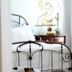 Easy-Bedroom-Makeover-Ideas-The-Crowned-Goat-061915-13-150x150 Decorating