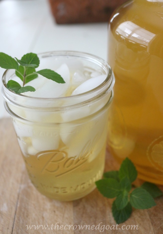Sweet Peppermint Sun Tea Recipe - The Crowned Goat - 071015-7