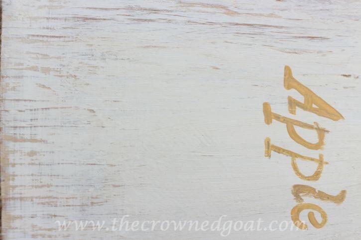 091015-11 Creating a Vintage Inspired Apple Picking Sign Crafts DIY