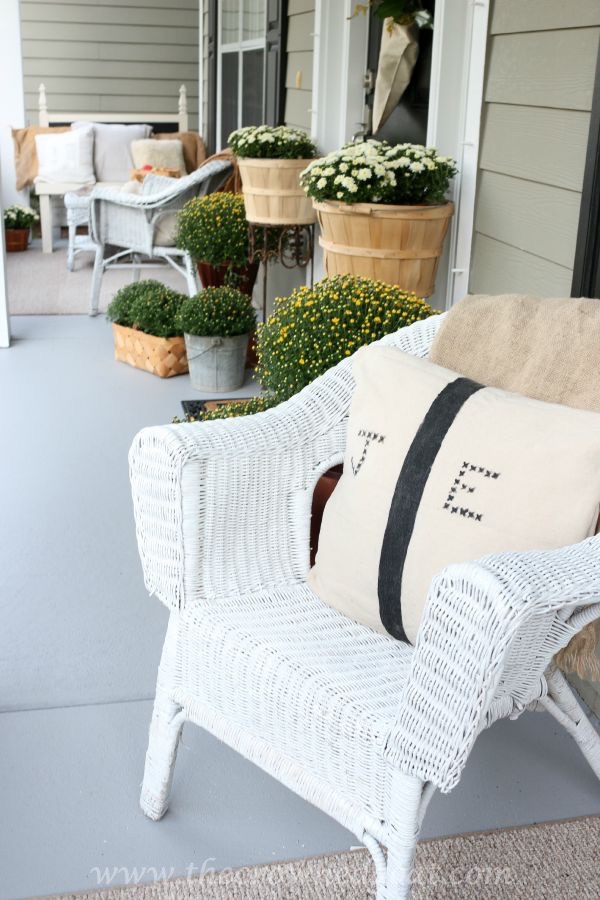2015-Fall-Porch-Tour-092415-6 Fall Inspired Front Porch Tour Decorating Fall Holidays