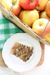 Baked Apple Butterscotch Bars - The Crowned Goat