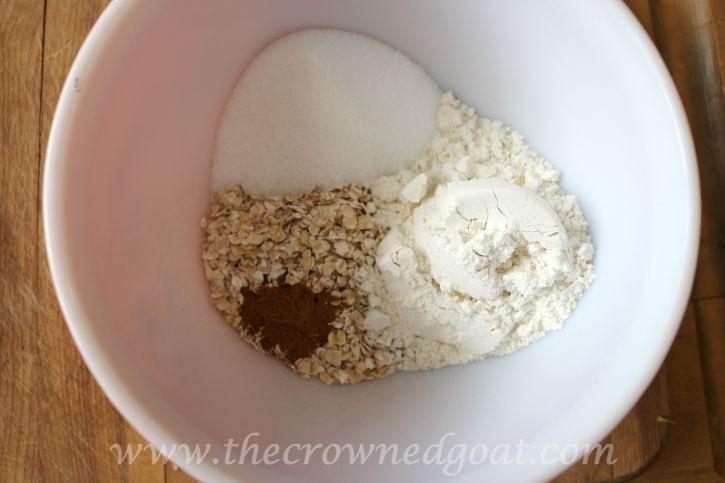 Salted-Caramel-Apple-Skillet-091815-6 Salted Caramel Apple Skillet Baking