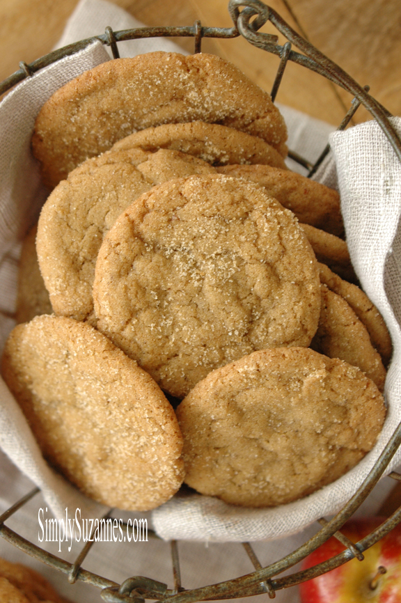 Simply-Suzannes-pumpkin-spice-browned-butter-cookies Something to Talk About Link Party 36 LinkParty