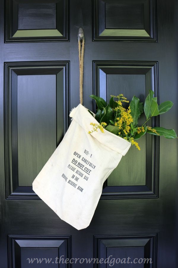 101415-5 Fall Inspired Front Door Décor Decorating Fall Holidays