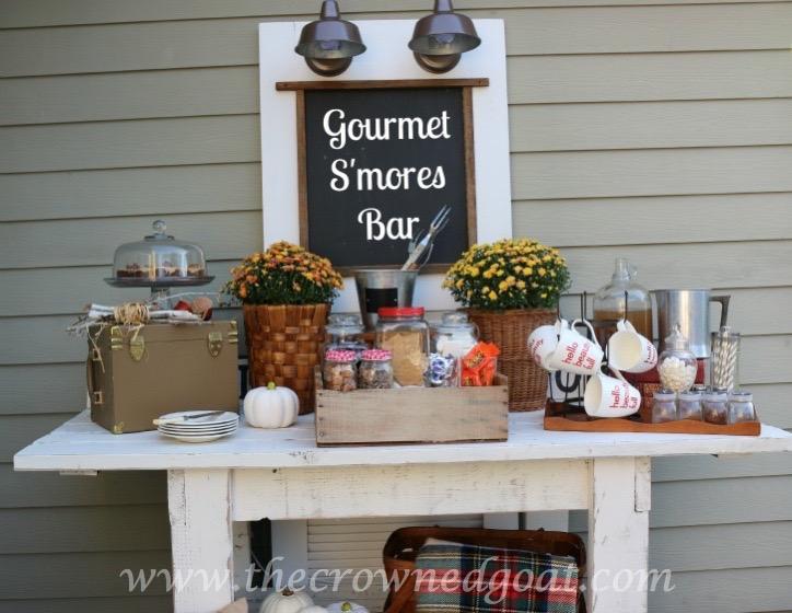 102115-15 Gourmet S'mores Bar Decorating