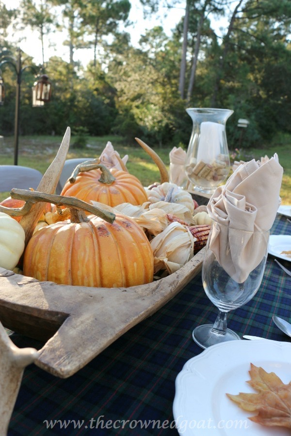 102215-14 Outdoor Entertaining: Fall Inspired Back Patio Decorating Fall Holidays