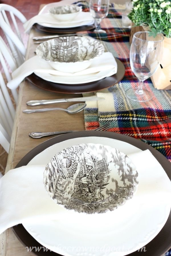 Fall-Inspired-Tablescape-100815-12 Autumn Apples Inspired Home Tour Decorating