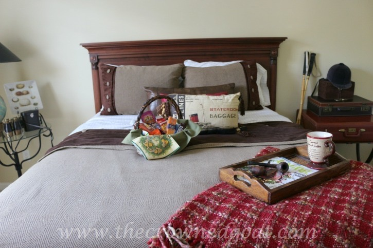 111115-11 10 Tips to Make Overnight Guests Feel Welcome Decorating