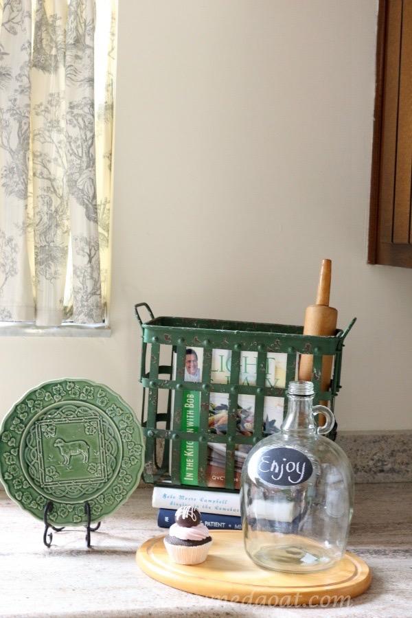 112515-7 Loblolly Manor Kitchen Update Decorating DIY