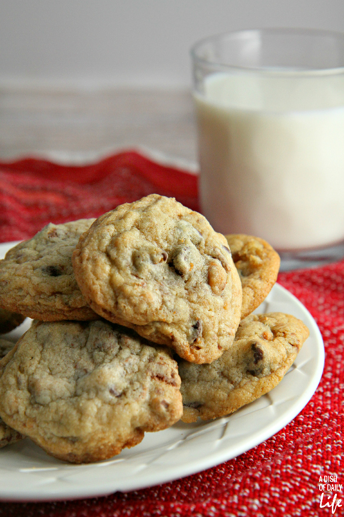 Chocolate-Chip-Coffee-Toffee-Cookies1 Something To Talk About Link Party 45 LinkParty