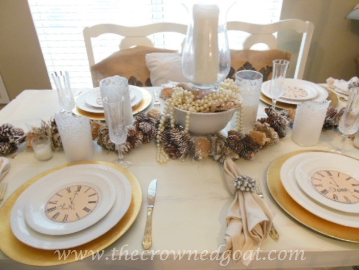 121515-10 Last Minute Holiday Tablescape Ideas Christmas Decorating Holidays