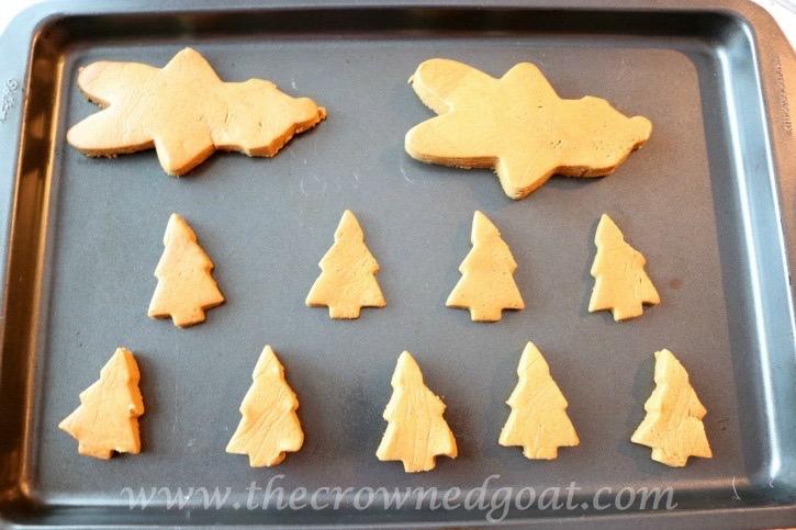 122415-7 Gingerbread Cookies Baking Christmas Holidays