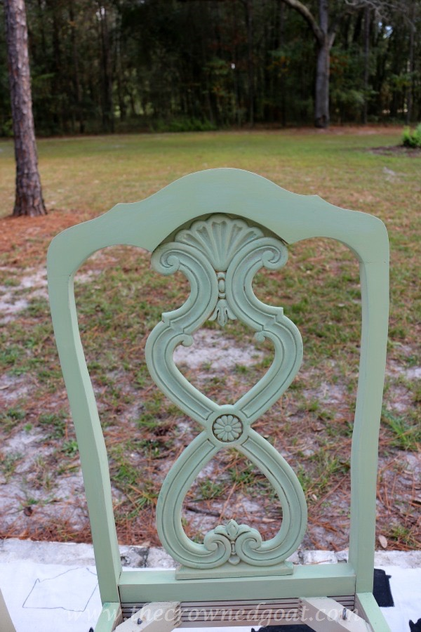 011516-6 Lucketts Green Milk Painted Chairs Decorating Loblolly_Manor Painted Furniture
