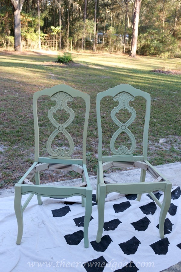 011516-7 Lucketts Green Milk Painted Chairs Decorating Loblolly_Manor Painted Furniture