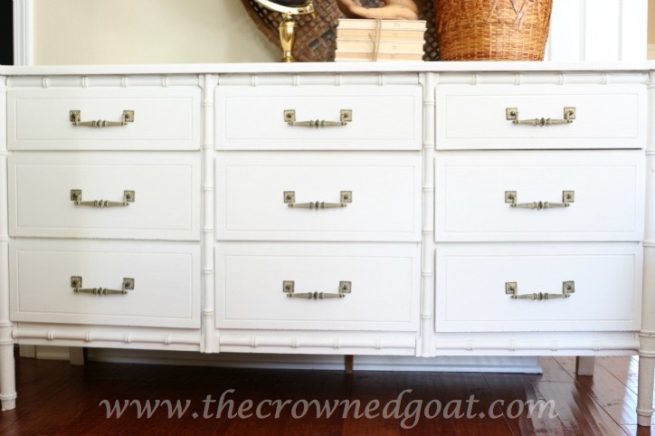 021616-6-Annie-Sloan-Chalk-Painted-Dresser-in-Pure-White Pure White Painted Dresser DIY Painted Furniture