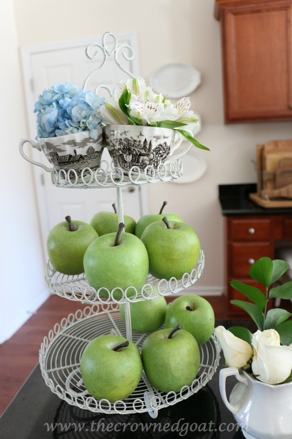 021816-11 Neutral Kitchen Decorating