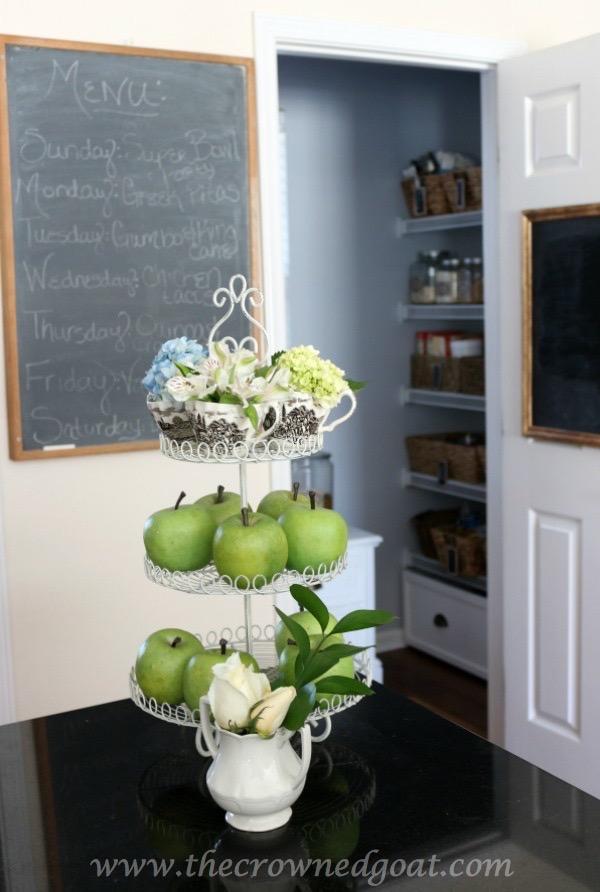 021816-13 Neutral Kitchen Decorating