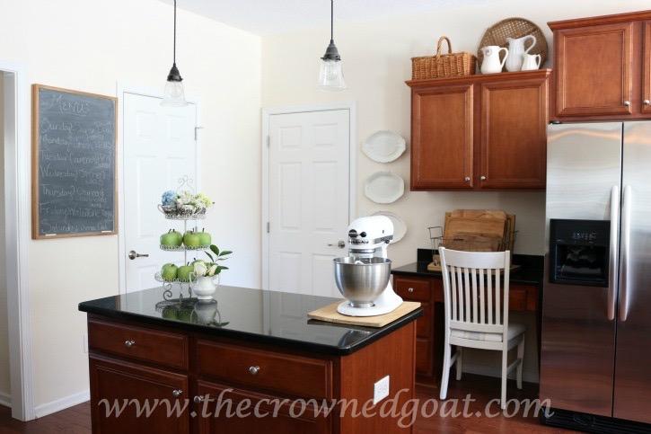 021816-14 Neutral Kitchen Decorating