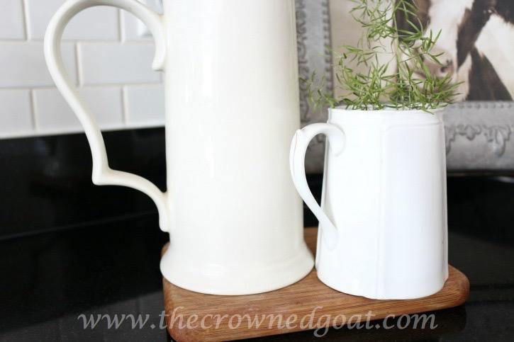 021816-9 Neutral Kitchen Decorating