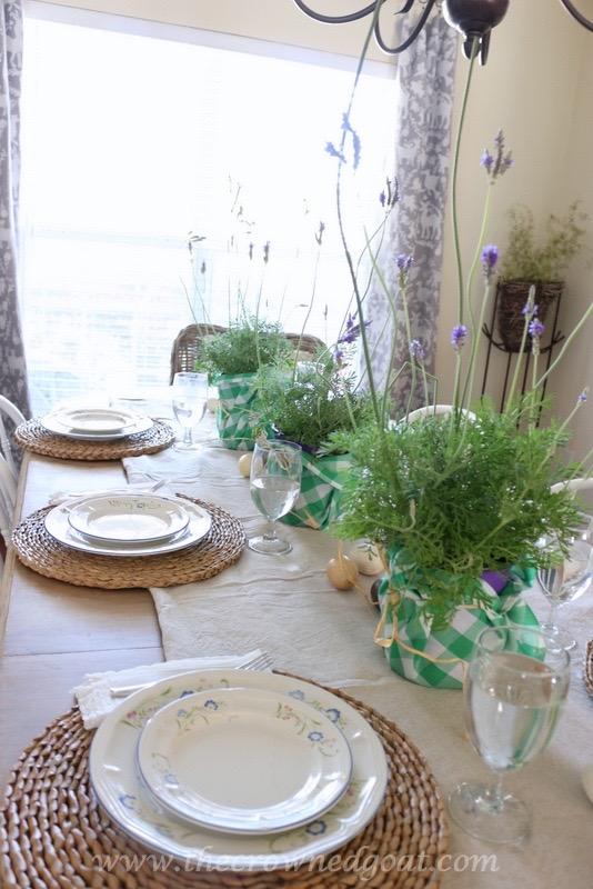 032416-15 Spring Inspired Dining Room Decorating DIY Spring