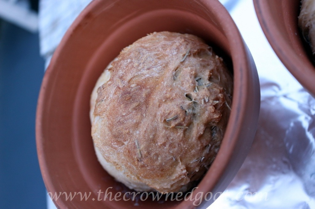 033016-13-1024x682 Flower Pot Rosemary Bread Baking