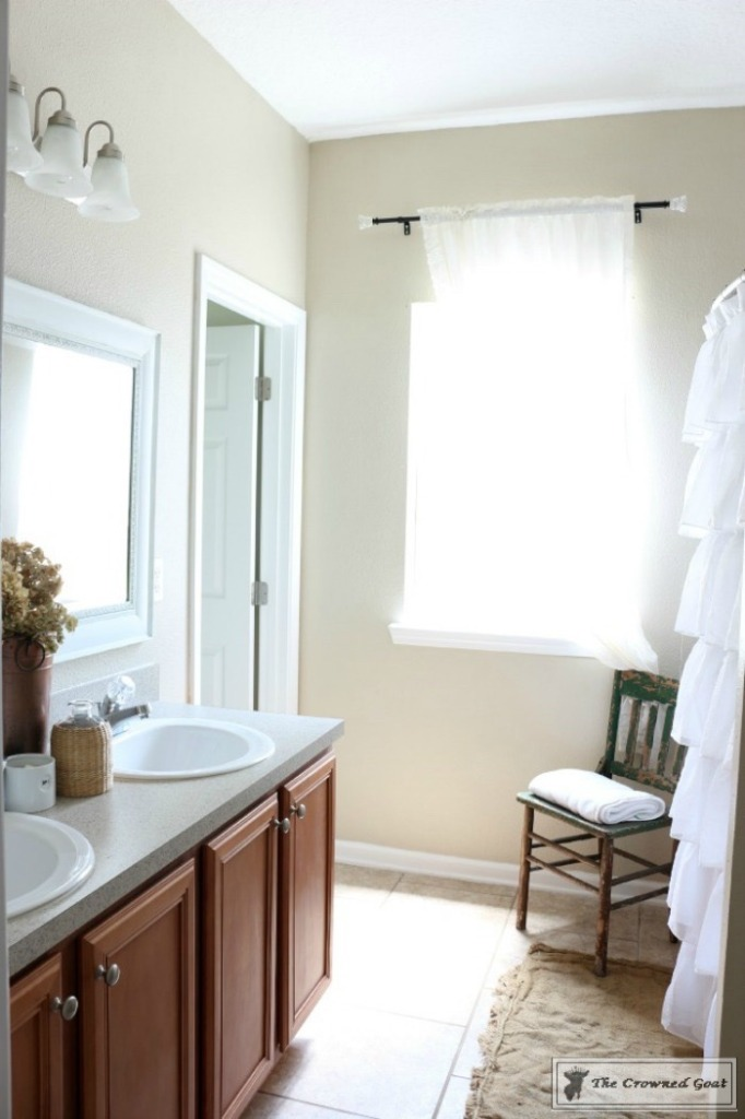 Budget Friendly Bathroom Makeover-3