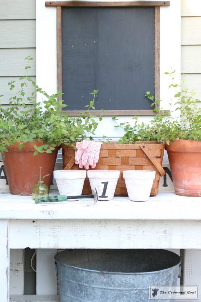 White Washing Terra Cotta Pots with Chalk Paint-15