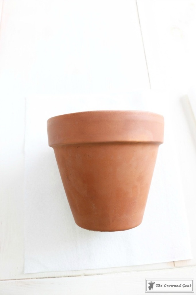 White Washing Terra Cotta Pots with Chalk Paint-2