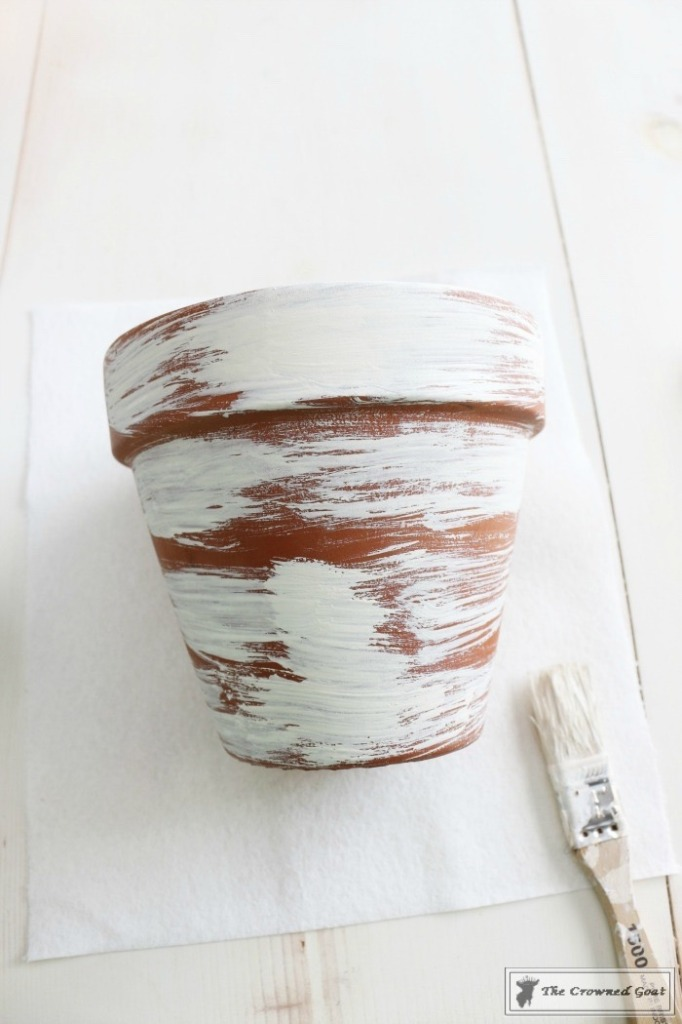 White Washing Terra Cotta Pots with Chalk Paint-5