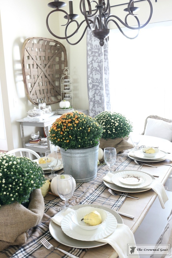 The busy girl s guide to fall decorating dining room