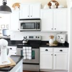 Farmhouse-Kitchen-Makeover-Reveal-5-150x150 Decorating