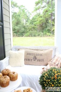 fall-feed-sack-pillow-11