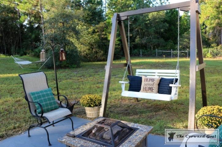 Outdoor-Fall-Tablescape-10 Outdoor Fall Tablescape Decorating DIY Holidays
