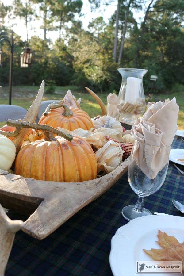 Outdoor-Fall-Tablescape-12 Outdoor Fall Tablescape Decorating DIY Holidays