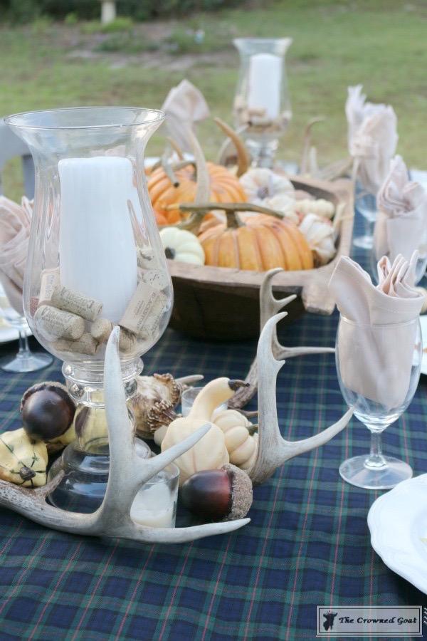 Outdoor-Fall-Tablescape-3 Outdoor Fall Tablescape Decorating DIY Holidays